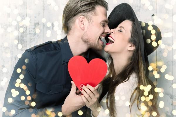 幸せな夫婦イメージ