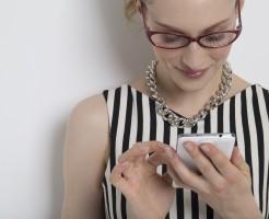 婚活サイトを選ぶ女性