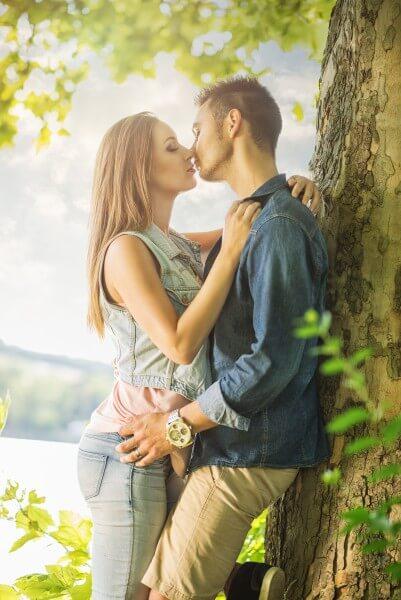 愛を告白するイメージ