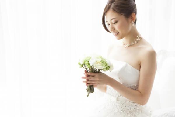 女性結婚イメージ