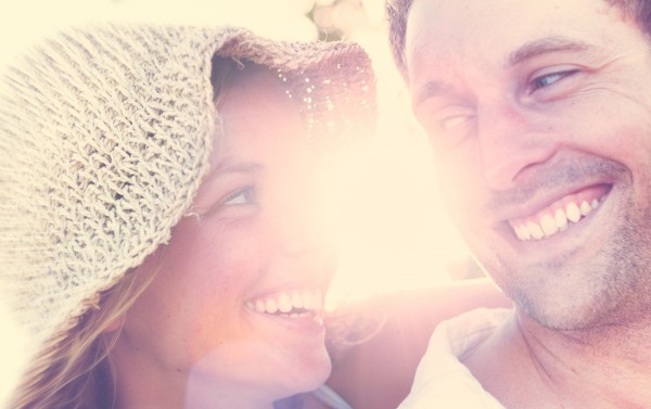幸せな夫婦のイメージ
